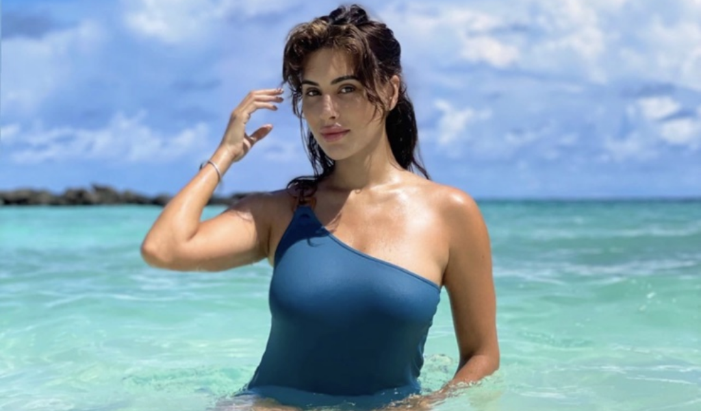 Former Miss India UK Spotted in the Maldives!