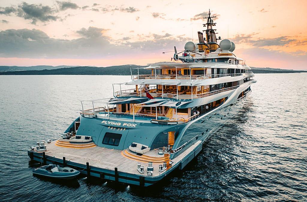 Flying Fox- 136m Luxury Superyacht in Maldives!