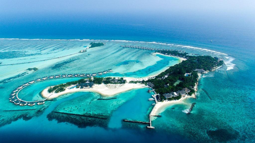 Cinnamon Dhonveli Maldives- Surfers' Land