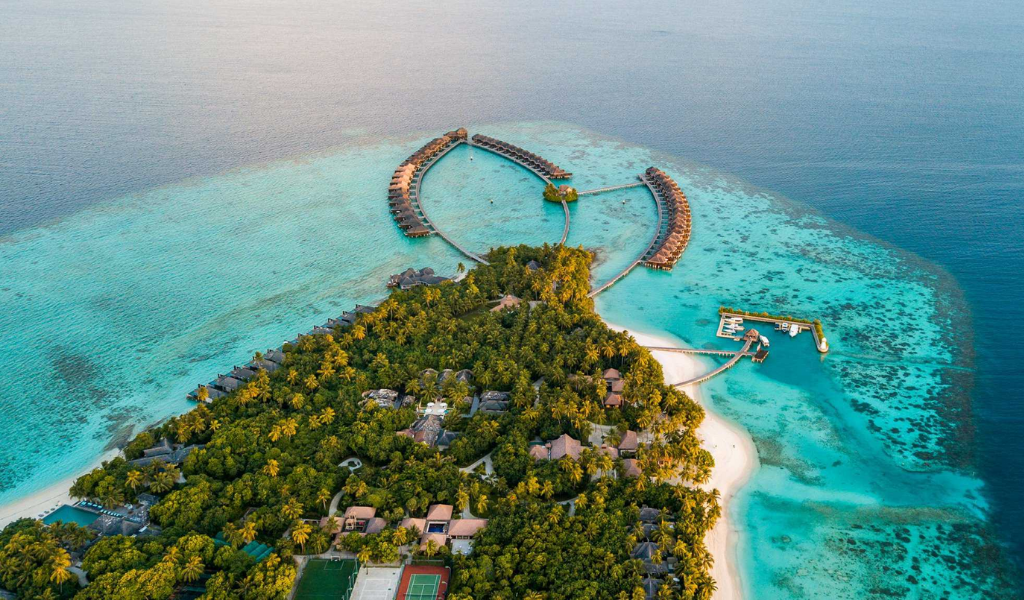 Get Ready to Weave Your Royal Holiday at G.Dh. Gadhdhoo
