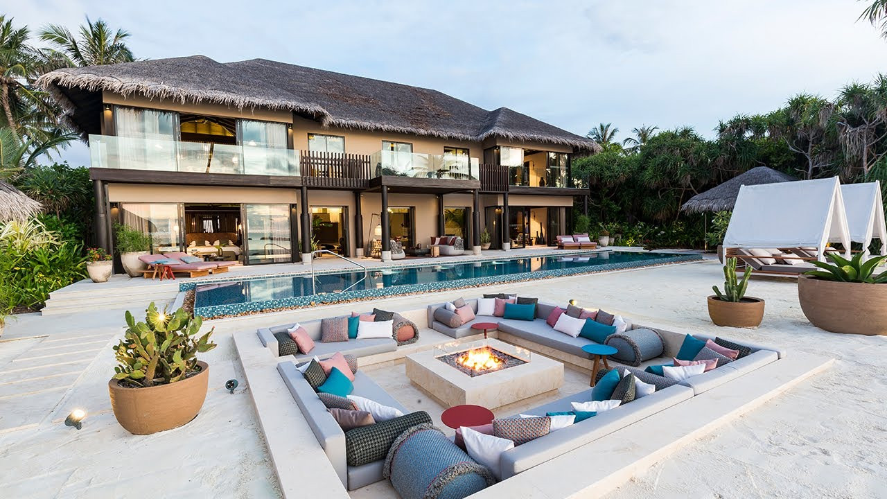 Take a Tour Inside The Luxurious Nika Private Residence in Velaa Private Island