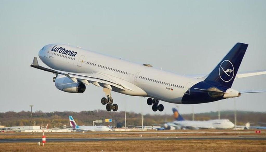 Lufthansa Group Extends Free Rebooking Period