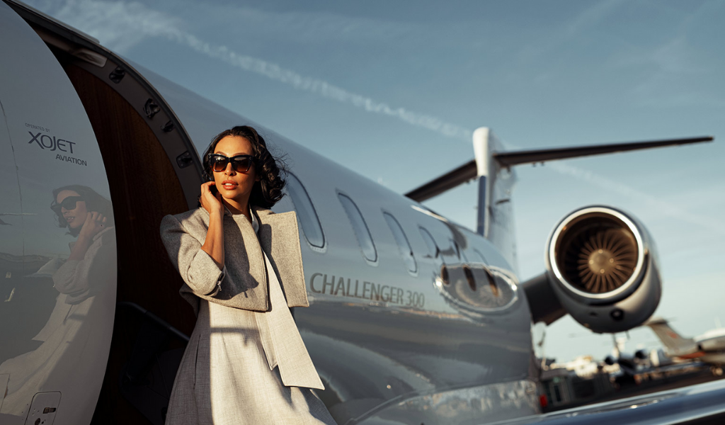 Charter your private jet right into the ocean bliss