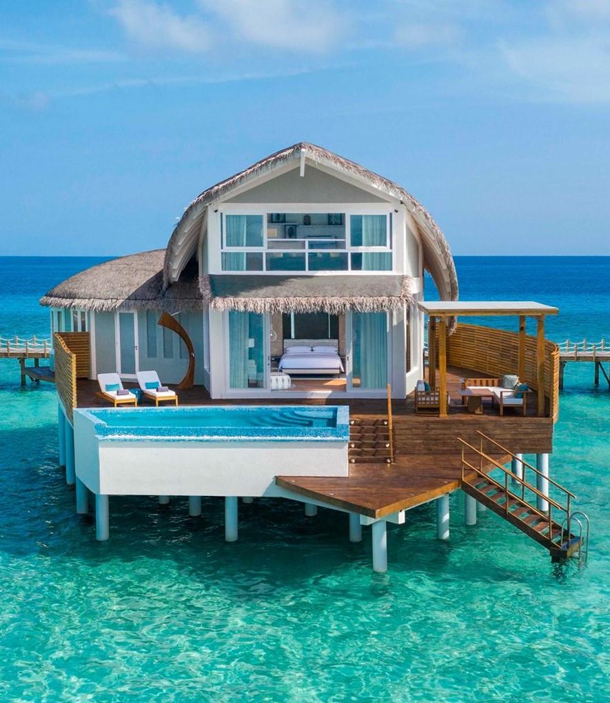5 Uber Luxurious Resorts in Maldives