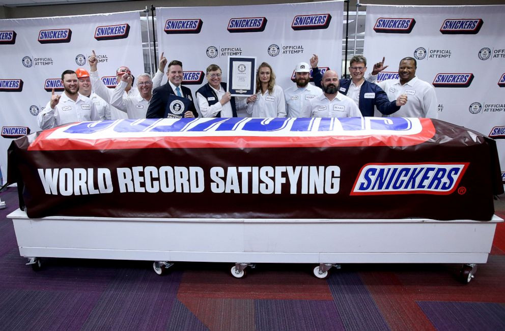 Snickers Guinness World Record Candy Bar!