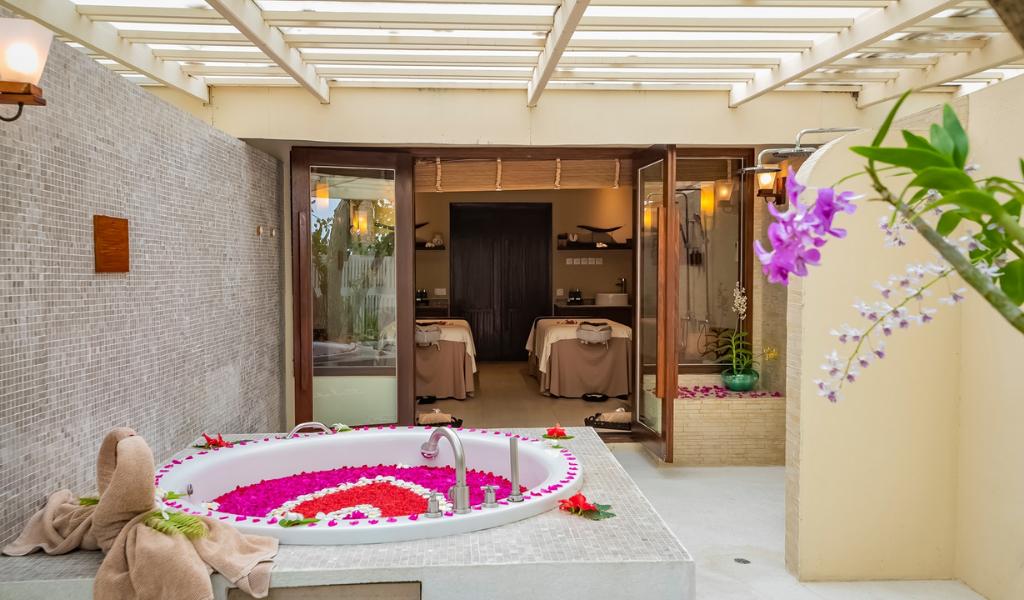 Inside Indian Ocean's Luxury Romantic Destination Spa: Spa Cenvaree