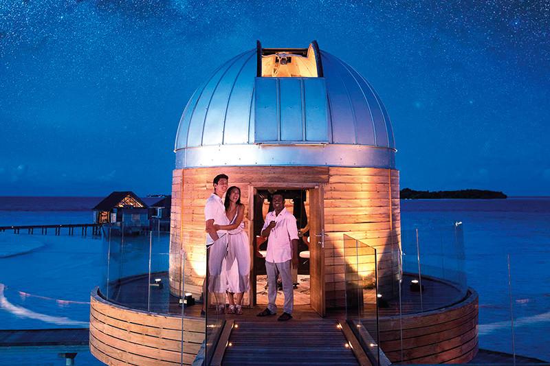 Anantara Kihavah- Stargazing Lovers' Paradise