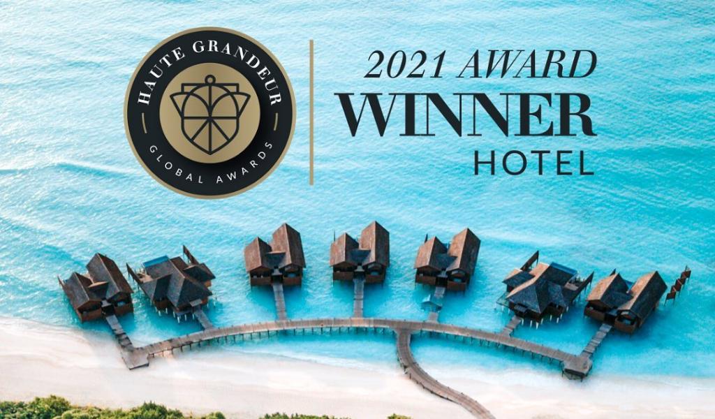 Hideaway Beach Resort & Spa Celebrates Triumph at Haute Grandeur Global Hotel Awards 2021!