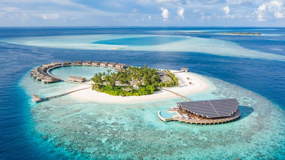 Get the best of everything at Kudadoo Maldives