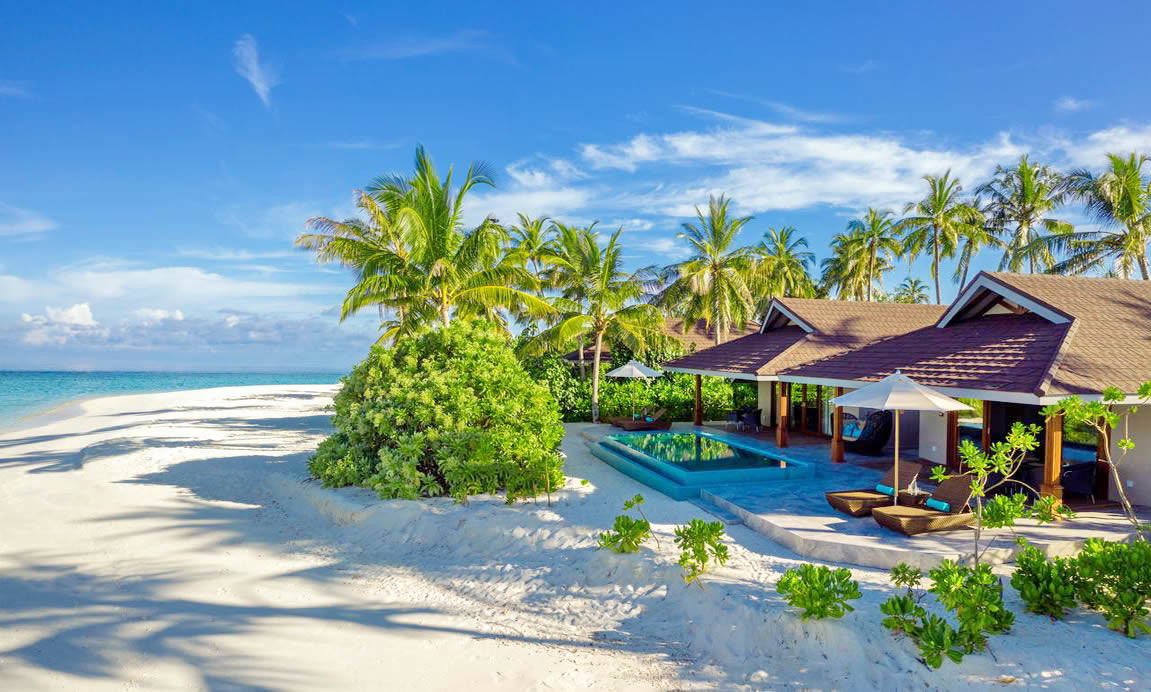 The Standard Maldives in World's top 20 Hotels