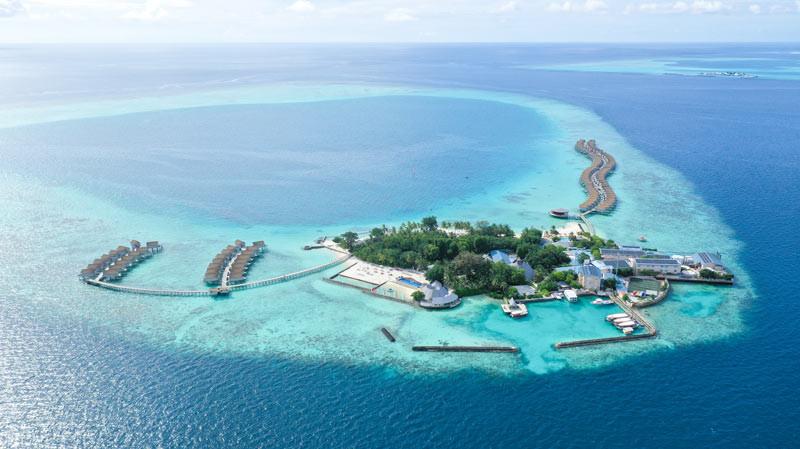 Centara Maldives Transforms into Solar