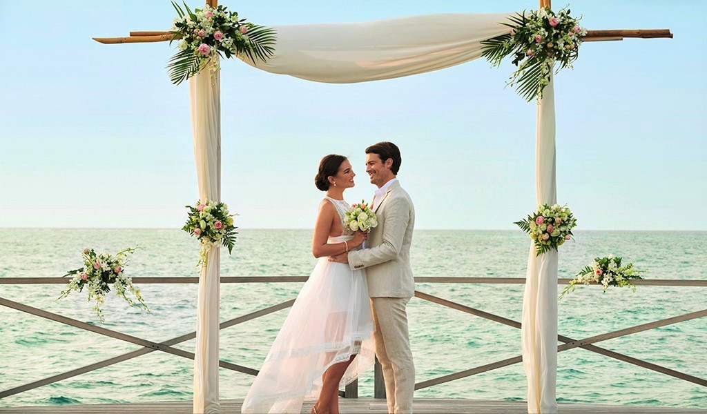 All You Need to Know About Saying 'I Do' in The Secret Water Island of Maldives