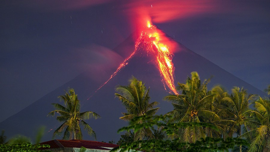 The Rising Fear of a Volcanic Tsunami