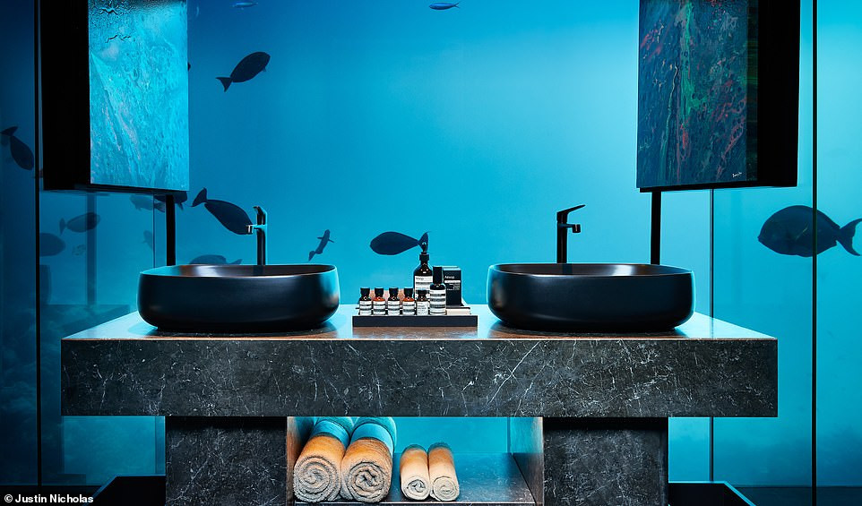 World's Most Instagrammed Bathroom in Maldives